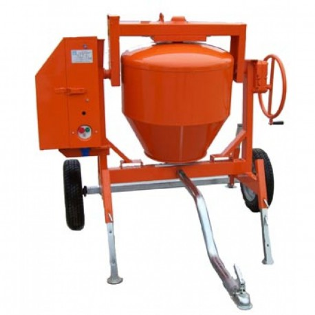 Betonniére 350L tractable
